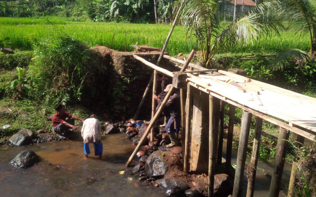 Partisipasi Masyarakat Desa Palasarigirang dalam Pembangunan Desa