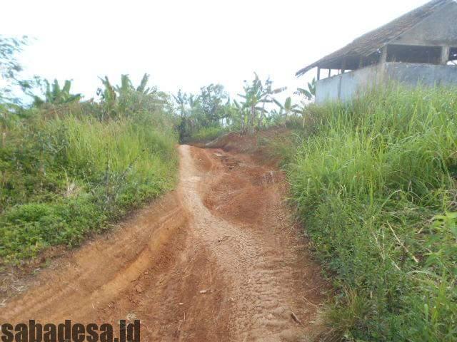 Desa Cikidang; Warga Cibugin Minta Di Perhatikan