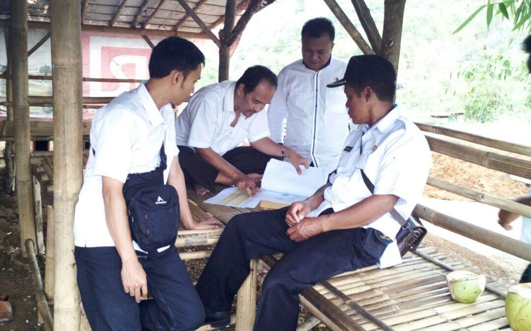 Desa Kebonmanggu: Pejabat Kemendesa Survey Lokasi Embung